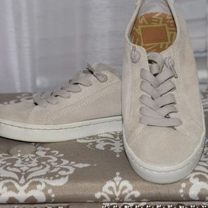 Dolce Vita Suede sneakers